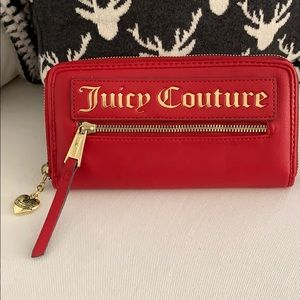 NWOT 🎈Juicy Couture wallet, red